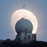 Nu rata cea mai apropiată distanță a lunii față de Pământ din ultimii 68 de ani