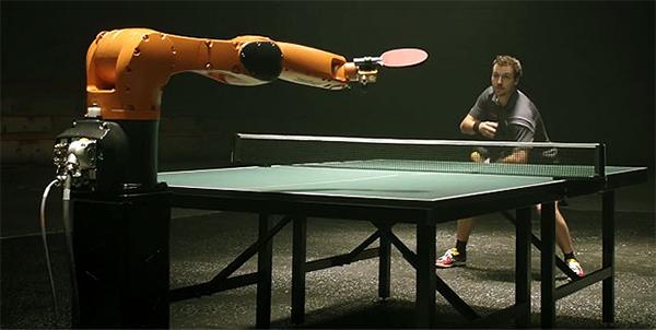 Timo-Boll-vs.-KUKA-Robot_LG