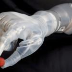 Primul braț robotic inovator a fost aprobat oficial în SUA