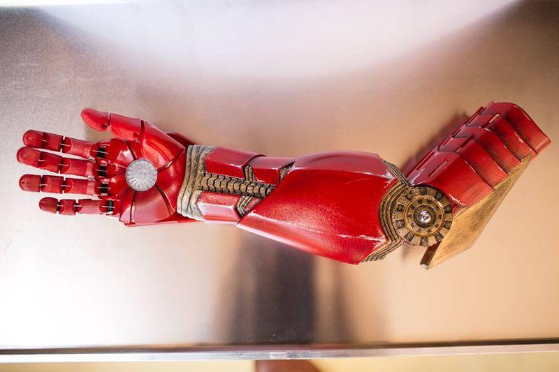 brat-robotic-Iron-Man