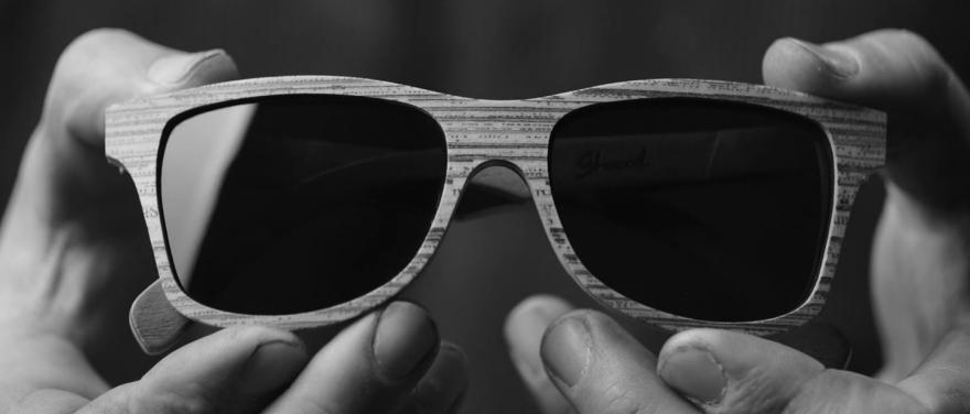 ochelari-de-soare-din-ziare