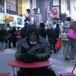 Vezi cum reacționează un om la tehnologia modernă după 44 de ani petrecuţi în pușcărie