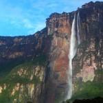 Căderea Îngerului– Imagini spectaculoase cu cea mai înaltă cascadă din lume