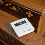 Bun, Biserica Anglicană acceptă plata donaților cu ajutorul terminalelor mobile